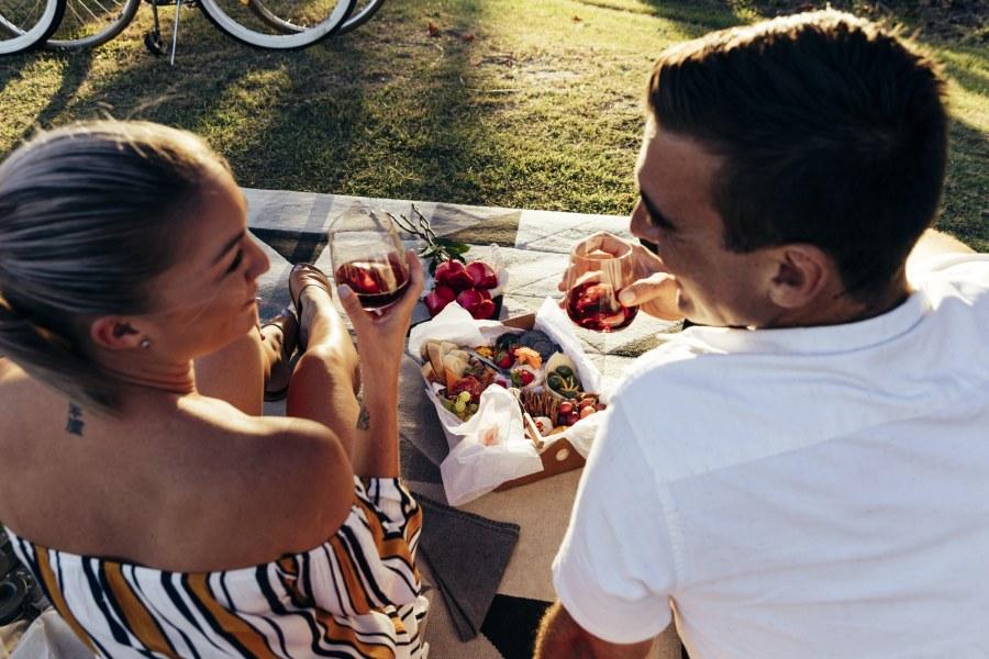 ideas románticas para primeras citas picnic